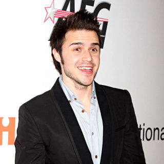 Kris Allen in The 2010 Annual Clive Davis Pre-Grammy Party - Arrivals