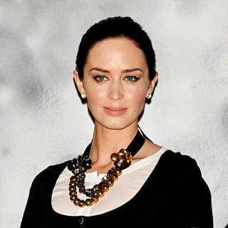 Emily Blunt in Photocall for 'El Hombre Lobo' (The Wolfman)