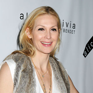 Kelly Rutherford in Mercedes-Benz IMG New York Fashion Week Fall 2010 - Alice + Olivia Show - Arrivals