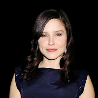 Sophia Bush in Mercedes-Benz IMG New York Fashion Week Fall 2010 - Monique Lhuillier - Backstage