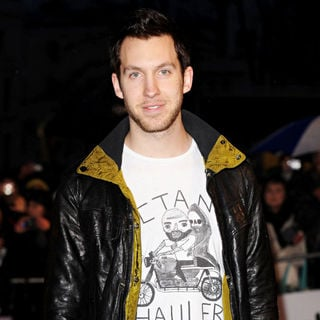 Calvin Harris in The BRIT Awards 2010 - 30th Anniversary - Arrivals