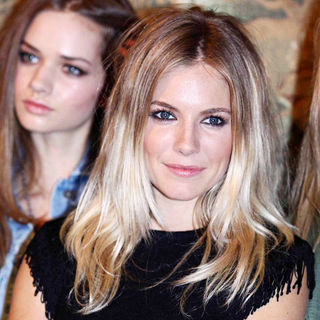 "Sienna Miller in London Fashion Week Autumn/Winter 2010 - Twenty8Twelve ""Swimming Horses"" - Photocall"