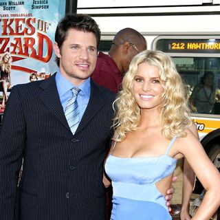 Nick Lachey, Jessica Simpson in Los Angeles Premiere of ' The Dukes of Hazzard ' - Red Carpet