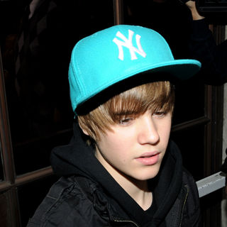 Justin Bieber - Justin Bieber outside the Radio One studios