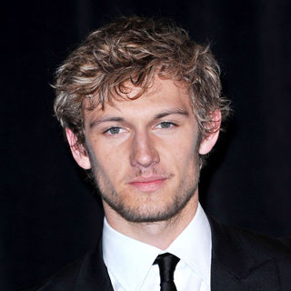 Alex Pettyfer in ShoWest 2010 Awards Ceremony - Press Room