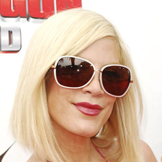 Tori Spelling in Los Angeles Premiere of 'How to Train Your Dragon'