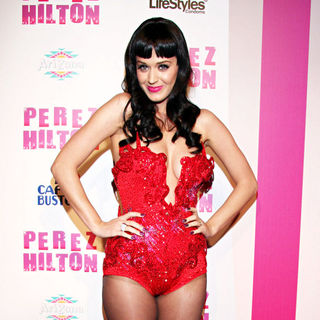 Katy Perry - Perez Hilton's 'Carn-Evil' Theatrical Freak and Funk 32nd Birthday Party - Arrivals