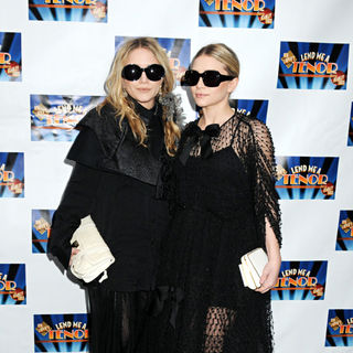 Mary-Kate Olsen, Ashley Olsen in Broadway Opening of 'Lend Me A Tenor'