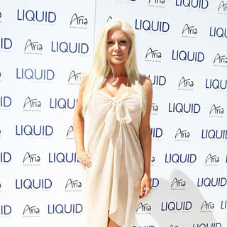 Heidi Montag in Heidi Montag Celebrates LIQUID Grand Opening
