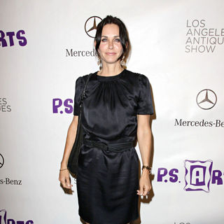 Courteney Cox - Opening Night Preview Party of The LA Antique Show Benefiting P.S ARTS