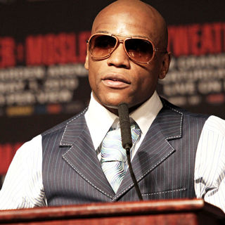 Floyd Mayweather, Jr. in The Final Press Conference for Floyd Mayweather, Jr. Bout Against Shane Mosley