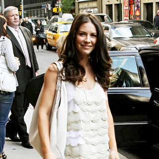 Evangeline Lilly outside the Ed Sullivan Theater for the 'Late Show With David Letterman' - wenn2839129