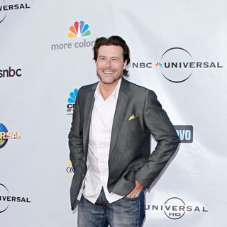 Dean McDermott in The Cable Show 2010 to Feature An Evening with NBC Universal