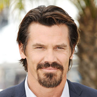 Josh Brolin in 2010 Cannes International Film Festival - Day 4 - 'You Will Meet a Tall Dark Stranger' - Arrivals - wenn2845894