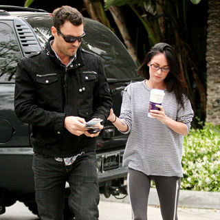 Brian Austin Green, Megan Fox in Celebrities Arriving at The Staples Center to Watch The Phoenix Suns vs L.A. Lakers Game 1