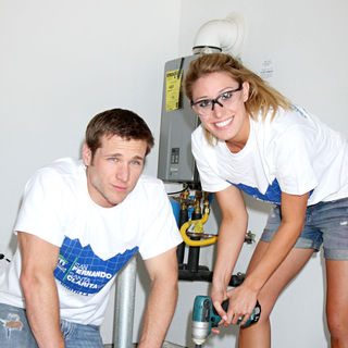 Jake Pavelka, Vienna Girardi in Habitat For Humanity San Fernando/Santa Clarita Valleys Women Empowerment Build Assisted
