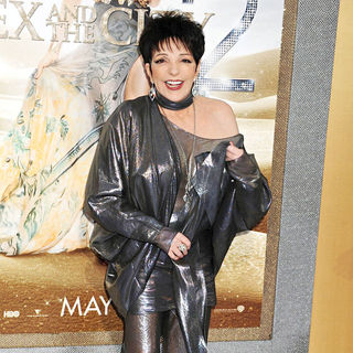 Liza Minnelli in World Premiere of 'Sex and the City 2' - Arrivals