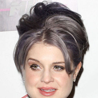Kelly Osbourne - Charity Clothing Drive Benefiting My Friend's Place Hosted by Kelly Osbourne - Arrivals