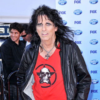 Alice Cooper in The American Idol Season 9 Finale - Arrivals