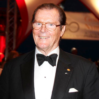 Roger Moore in The Closing Ceremony of The 2010 Monte Carlo Television Festival - Red Carpet