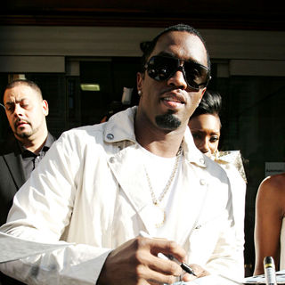 P. Diddy - P. Diddy Signs Autographs Outside The Radio One Studios