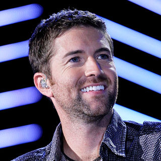 Josh Turner in 2010 CMA Music Festival Nightly Concerts - Day 2