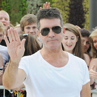 Simon Cowell - Simon Cowell Arrives at 'The X Factor' Auditions