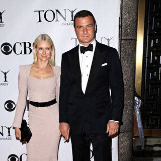 Naomi Watts, Liev Schreiber in The 64th Tony Awards - Arrivals