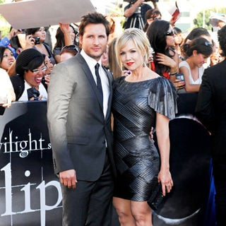 Peter Facinelli, Jennie Garth in 2010 Los Angeles Film Festival - Premiere of 'The Twilight Saga's Eclipse' - Arrivals