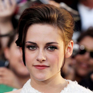 Kristen Stewart in 2010 Los Angeles Film Festival - Premiere of 'The Twilight Saga's Eclipse' - Arrivals