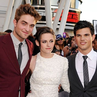 Robert Pattinson, Kristen Stewart, Taylor Lautner in 2010 Los Angeles Film Festival - Premiere of 'The Twilight Saga's Eclipse' - Arrivals