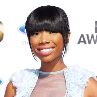 Brandy in 2010 BET Awards