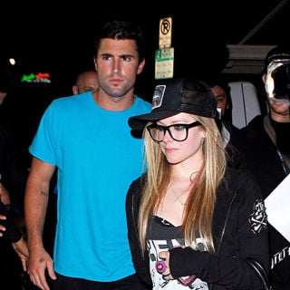 Avril Lavigne and Brody Jenner Leaving Las Palmas - wenn2917300