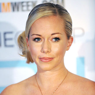 Kendra Wilkinson in Kendra Wilkinson Greets Fans and Signs Her Book 'Sliding Into Home'