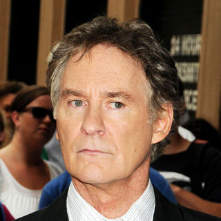 Kevin Kline in The Premiere of 'The Extra Man'