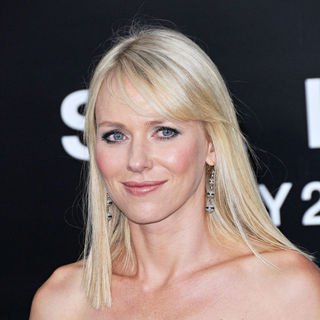 Naomi Watts in The L.A. Movie Premiere of 'Salt' - Arrivals