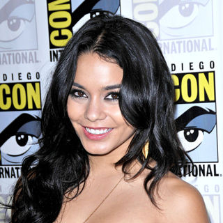 Vanessa Hudgens in Comic-Con 2010 - Day 3 - 'Sucker Punch' Press Conference