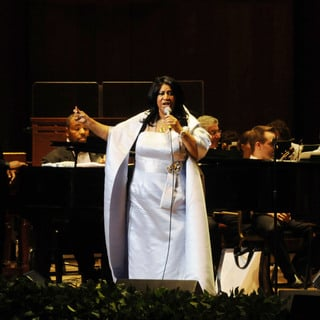 Aretha Franklin in Aretha Franklin Performs with The Philadelphia Orchestra
