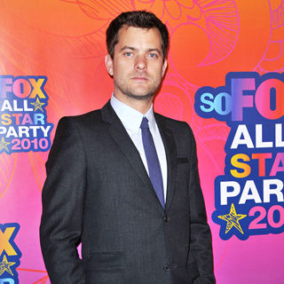 Joshua Jackson in Fox All-Star Party