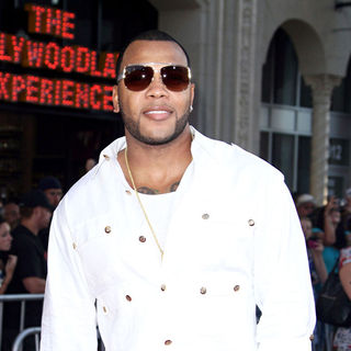 Flo Rida in Los Angeles Premiere of 'Step Up: 3D' - Arrivals
