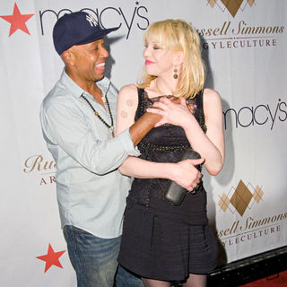 Russell Simmons, Courtney Love in Russell Simmons's ARGYLECULTURE Fall 2010 Menswear Presentation - Arrivals