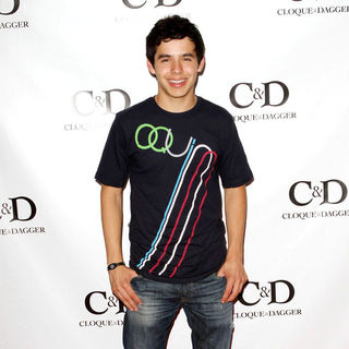 David Archuleta in David Archuleta Visits Gifting Services