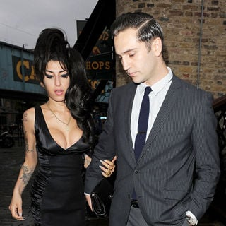 Amy Winehouse, Reg Traviss in Shaka Zulu Launch Party