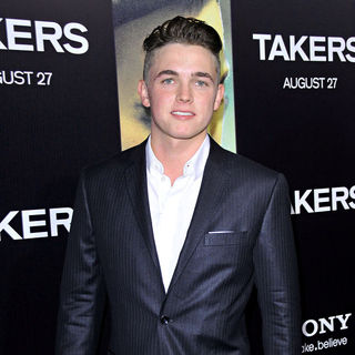 Jesse McCartney in Los Angeles Premiere of 'Takers' - Arrivals