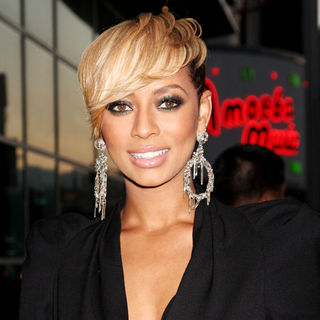 Keri Hilson in Los Angeles Premiere of 'Takers' - Arrivals