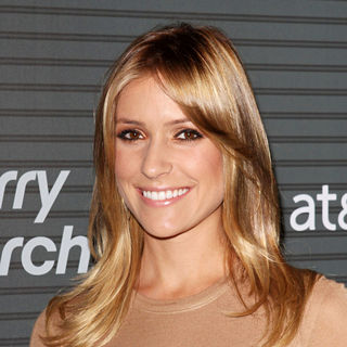 Kristin Cavallari in Blackberry Torch From AT&T U.S. Launch Party - Arrivals