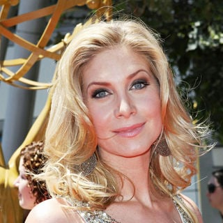 Elizabeth Mitchell in 2010 Creative Arts Emmy Awards - Arrivals - wenn2968933