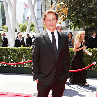 Seth Meyers in 2010 Creative Arts Emmy Awards - Arrivals