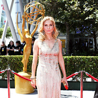 Elizabeth Mitchell in 2010 Creative Arts Emmy Awards - Arrivals - wenn2968965