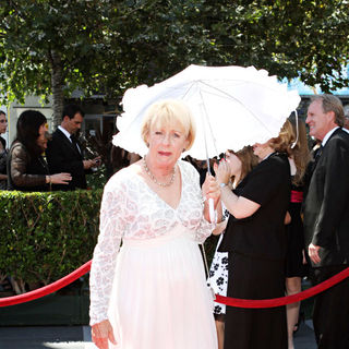 Kathryn Joosten in 2010 Creative Arts Emmy Awards - Arrivals